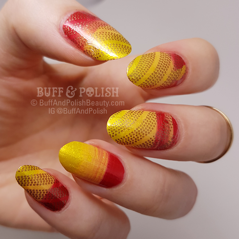 Buff & Polish - 31DC2017 Day 10: Swiped Gradient