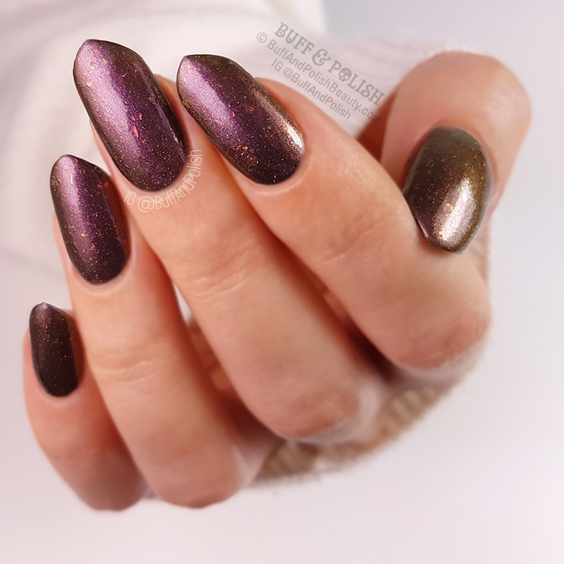 Buff & Polish – Femme Fatale Coniferae swatch - COTM July 2018